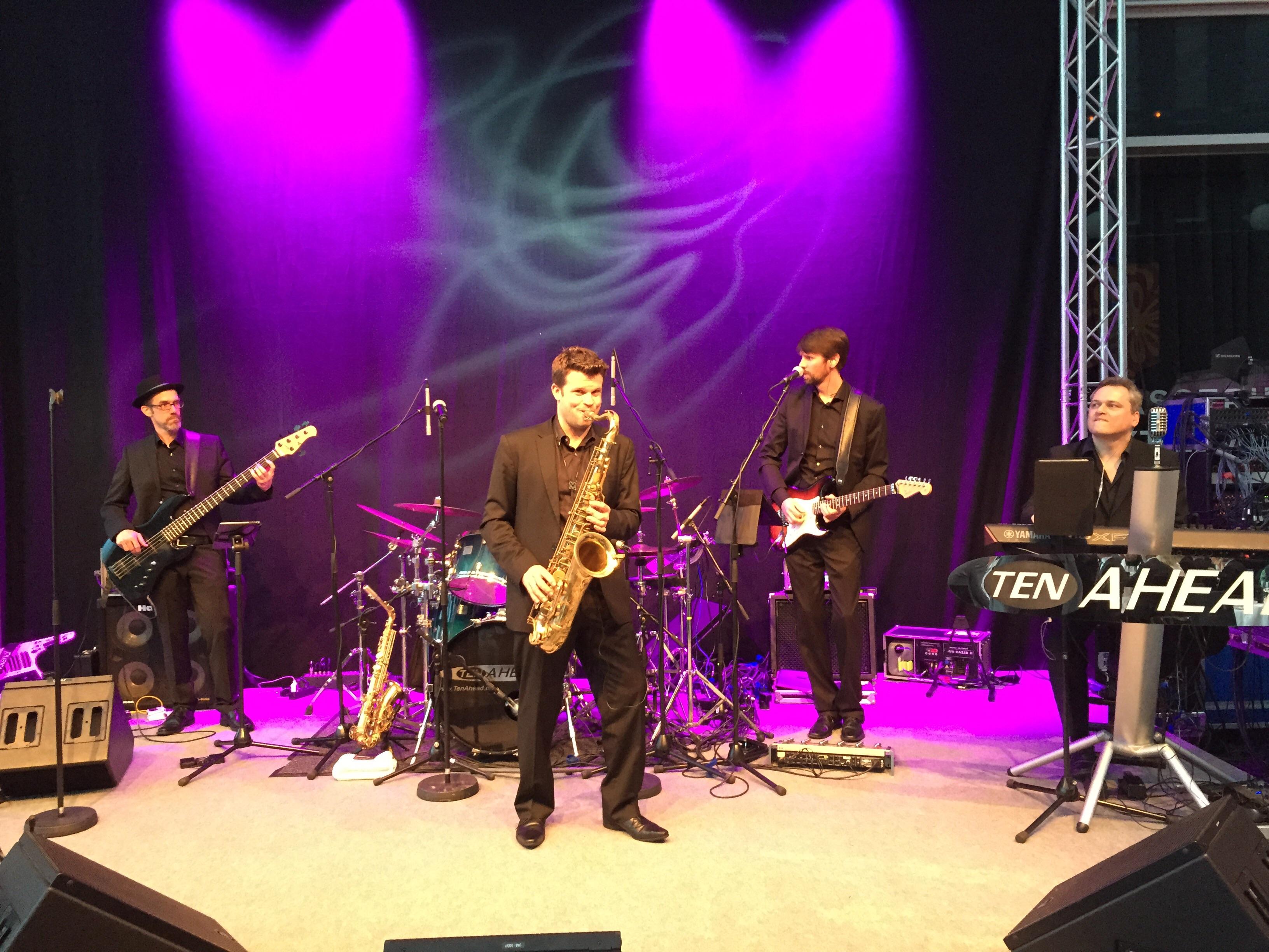 Liveband, Coverband, Partyband, ten ahead, tenahead, medi, bonn, kameha, grand