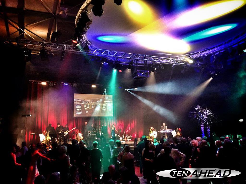 Liveband Niedersachsen, Showband Deutschland, Coverband NRW, Partyband NRW, tenahead